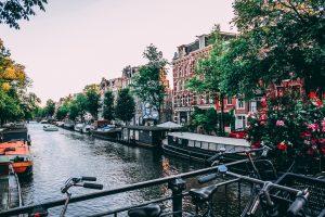 amsterdam bike canal