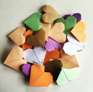 origami heart https://www.etsy.com/shop/worthwhilehearts